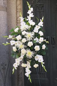 All-White Spray by US Teleflorist .com- Associated with other USA Teleflorists