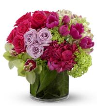 Floral Fantasia by US Teleflorist .com- Associated with other USA Teleflorists